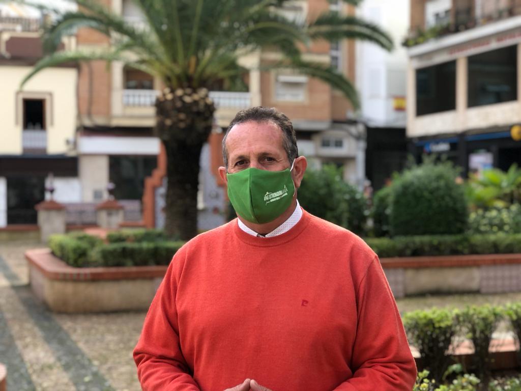 Extremadura Asaja pide el cese de la consejera de Transición Ecológica tras apoyar la protección del lobo