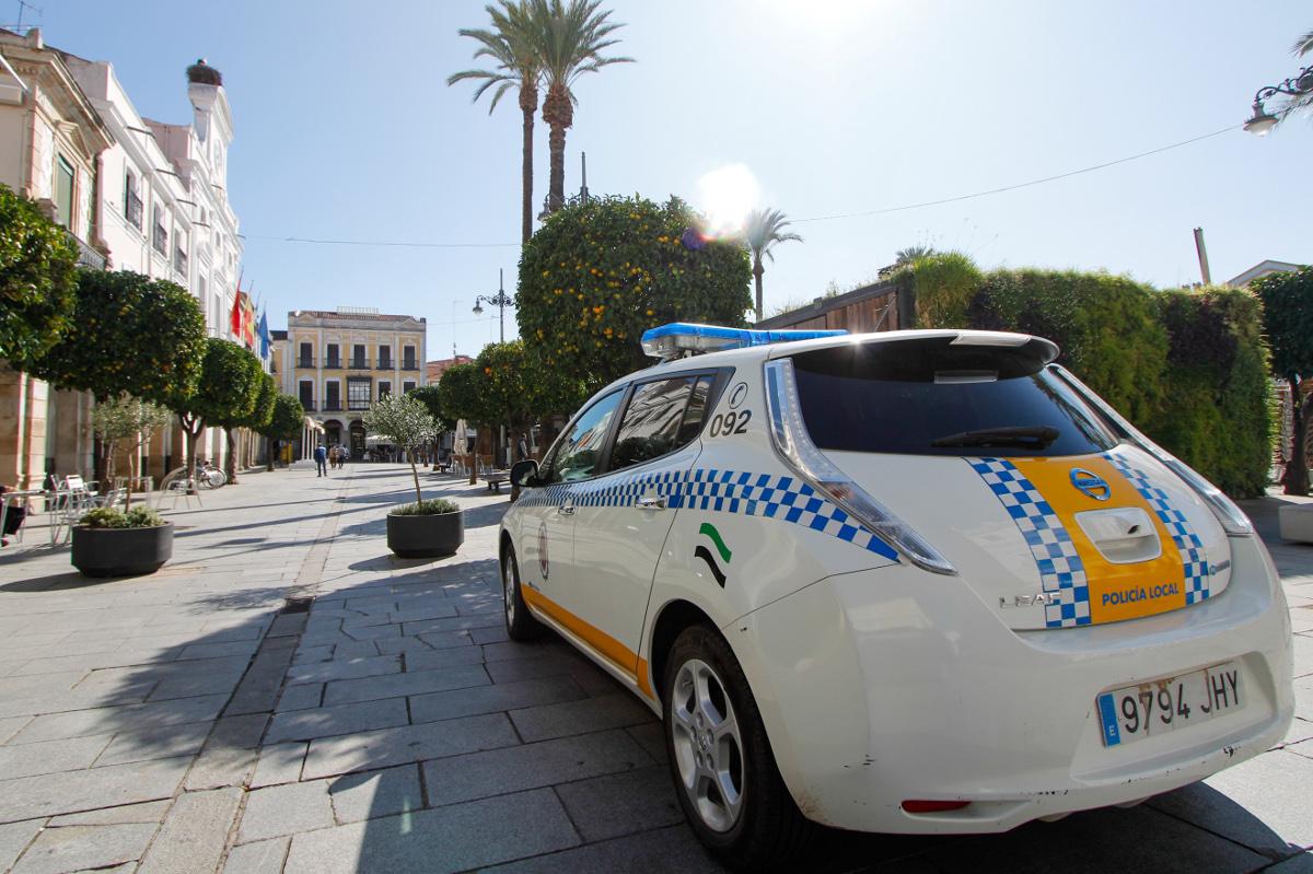 La policía de Mérida colabora con el 112 para detener a quienes incumplen la cuarentena