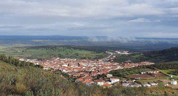 Un vecino de Aliseda y un hombre de Cáceres fallecen por el virus