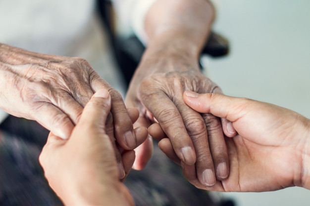 Luto en Vegaviana y Moraleja por el fallecimiento de dos ancianos por coronavirus