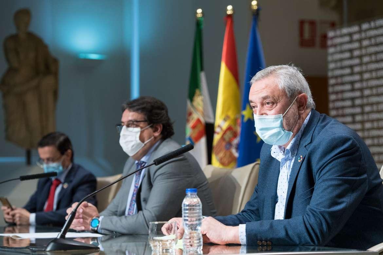 Junta y diputaciones tendrán 7,8 millones de euros para paliar la pandemia en residencias