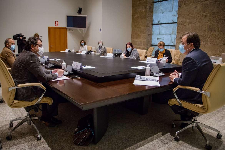 Extremadura tiene activado el plan de contingencia con 3.700 camas y 200 en UCI