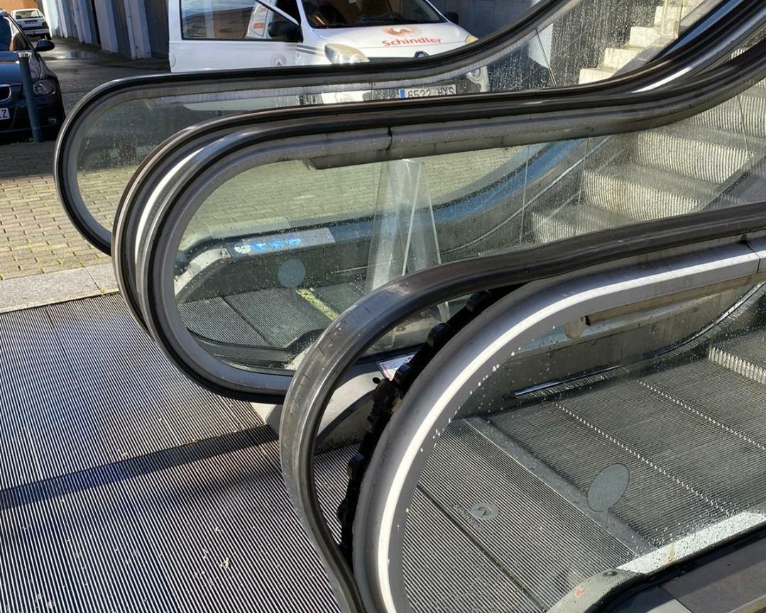 Fuera de servicio las escaleras mecánicas de Plasencia por un acto vandálico