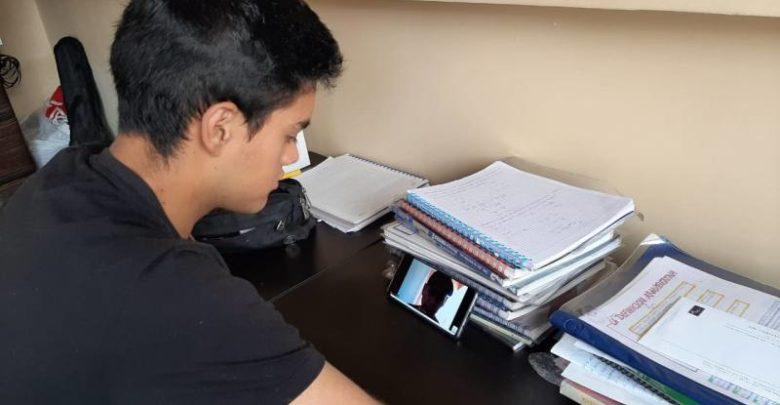 Estudiantes de 56 clases de centros de la región están en cuarentena
