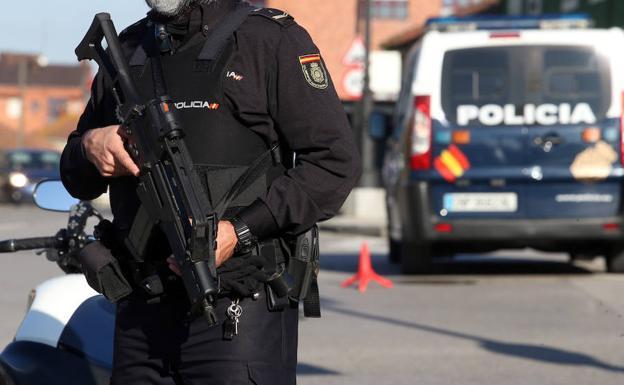 La Policía Nacional desaloja un cumpleaños, una comunión e interpone 70 sanciones