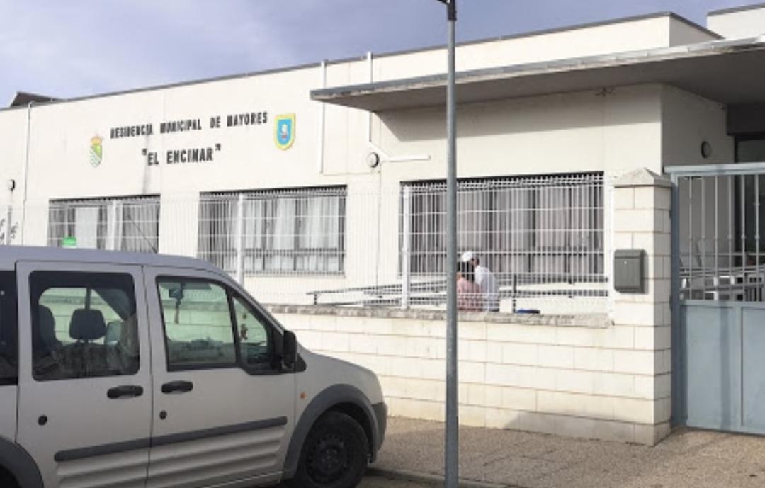El SES realiza PCR a todos los usuarios y empleados de la residencia de Vegaviana