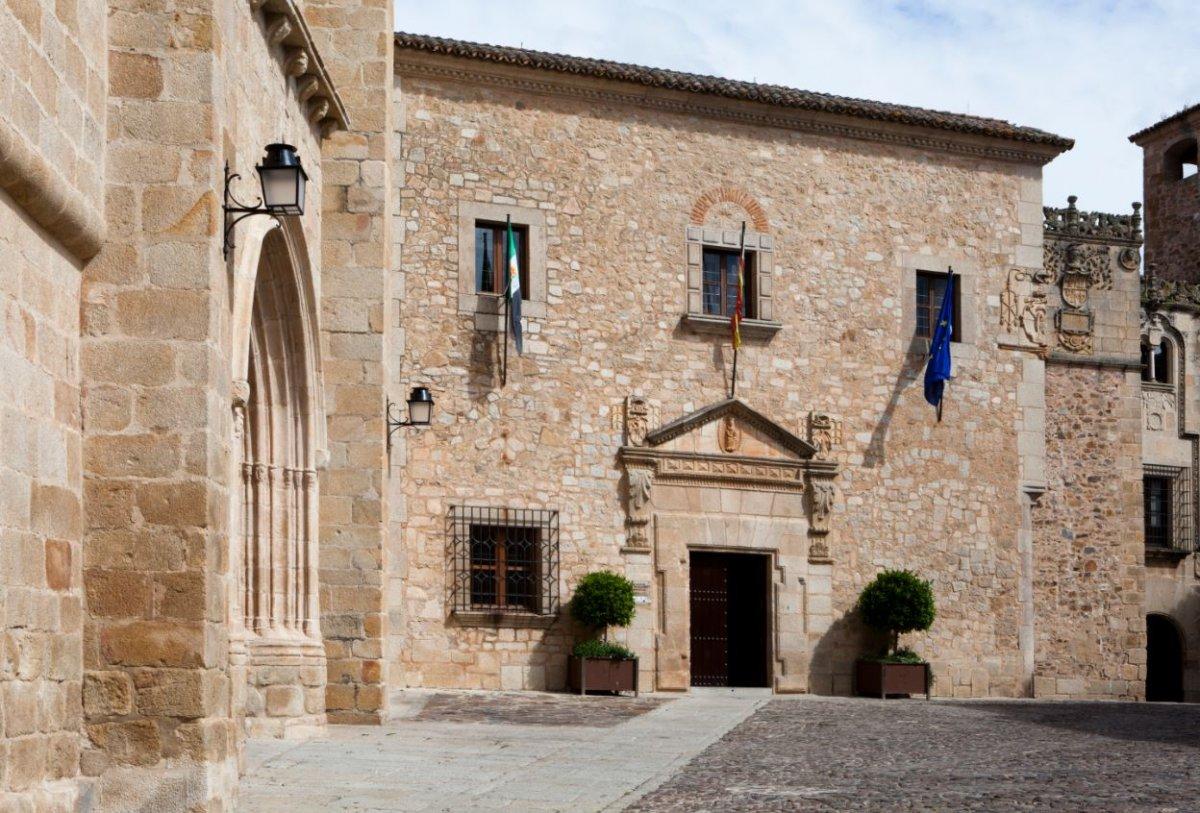 Diputación de Cáceres tramita un préstamo de 30 millones a 10 años para afrontar la Covid-19
