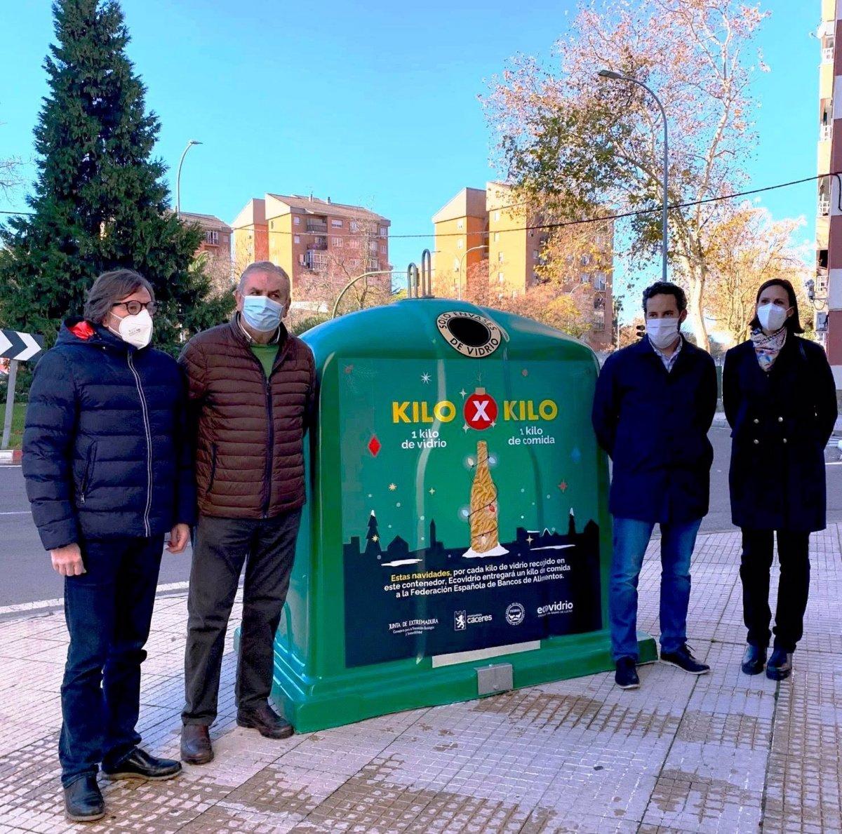 Cáceres promueve el reciclado con una campaña a favor del Banco de Alimentos