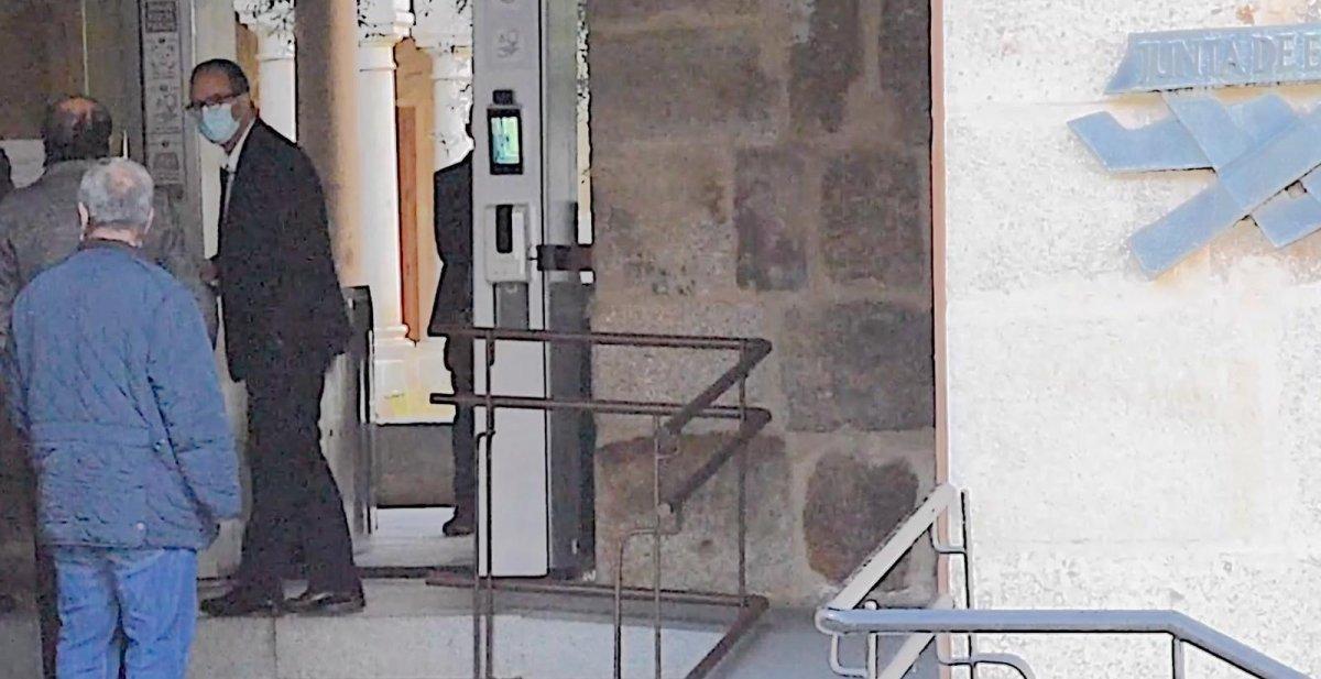 El PP pide a Vara que explique la visita de Cayetano Polo que desveló Radio Interior