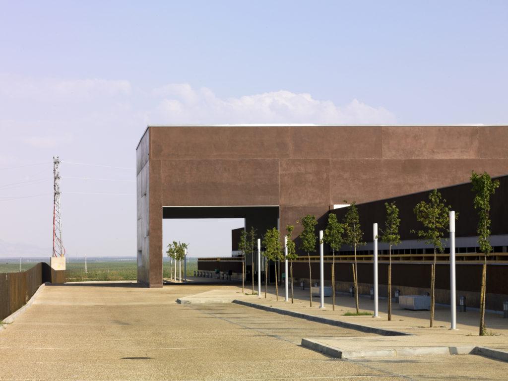 El SES invertirá un millón de euros en mantener el Hospital de Almendralejo y otros centros de Mérida