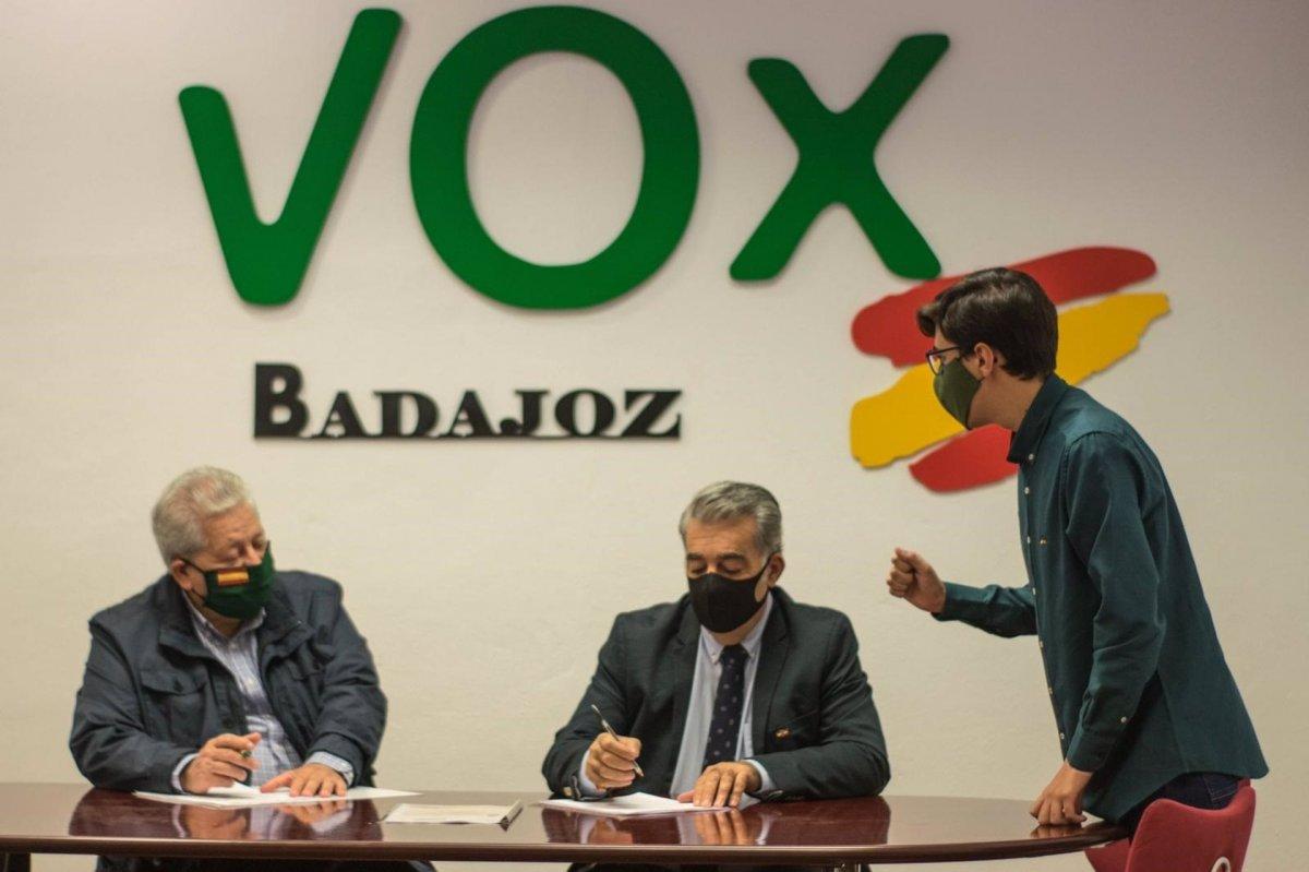 Vox exige que el presupuesto para Memoria Histórica se destine a indemnizaciones de negocios