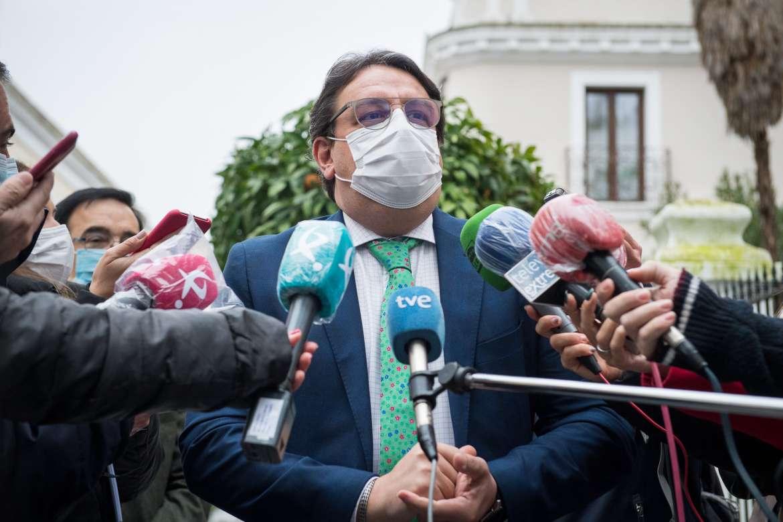Vergeles insiste: si el virus sigue propagándose, Extremadura retrocederá a la fase 3