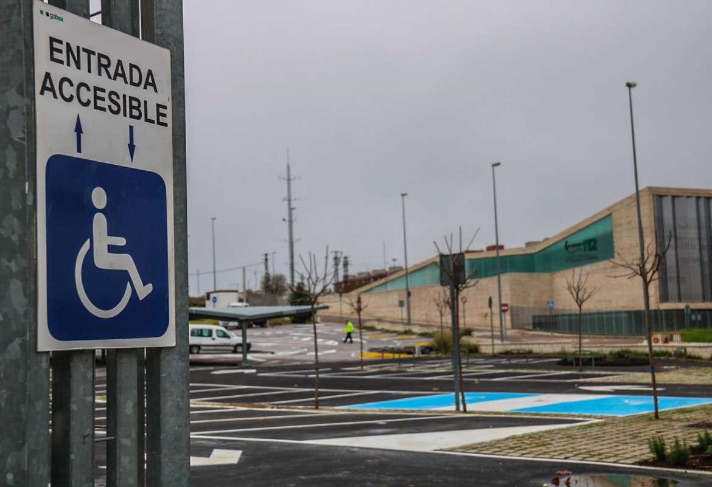 Finalizan las obras de adecuación del aparcamiento del Tercer Milenio de Mérida