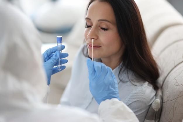 Extremadura ha realizado más de 384.800 pruebas diagnósticas desde el inicio de la pandemia