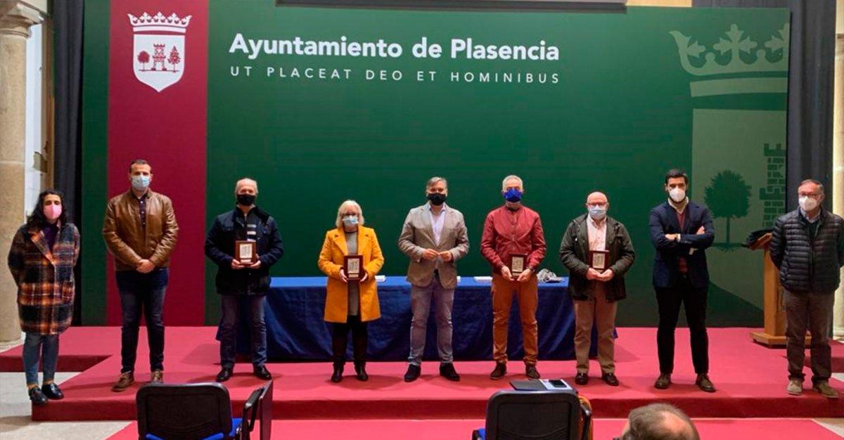 Plasencia rinde homenaje a los empleados municipales jubilados
