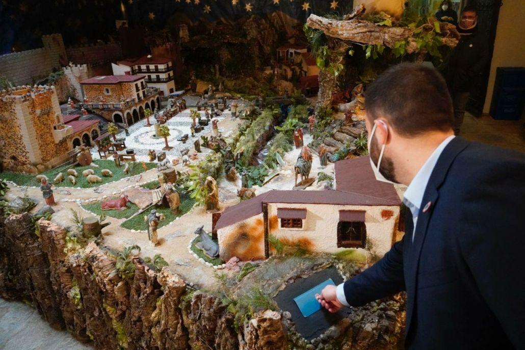 Ya se puede visitar el Belén montado en el Palacio de la Isla de Cáceres