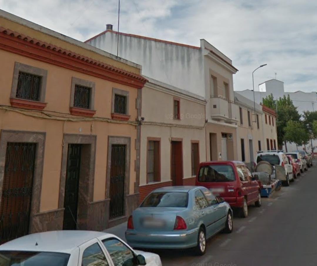 Atropellan a una joven de 17 años en una calle de Don Benito