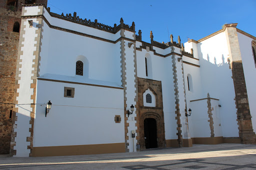 Llerena-Zafra notifica 17 casos y Fuente del Maestre no deja de detectar positivos