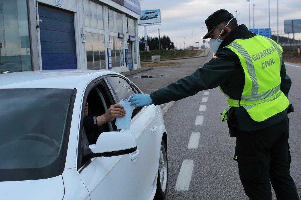 Extremadura roza los 300 contagios y fallece una mujer de 59 años por Covid
