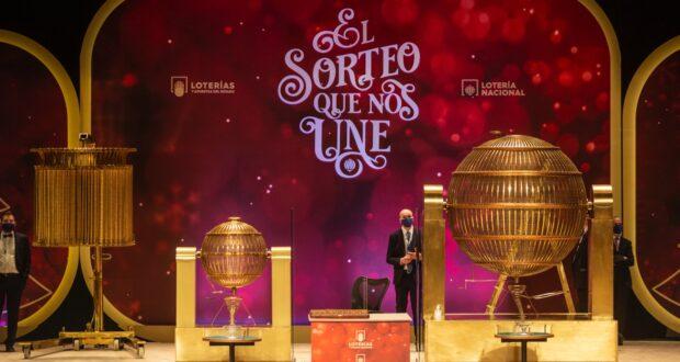Dos quintos premios de la lotería caen en Badajoz, Baños de Montemayor y Don Benito