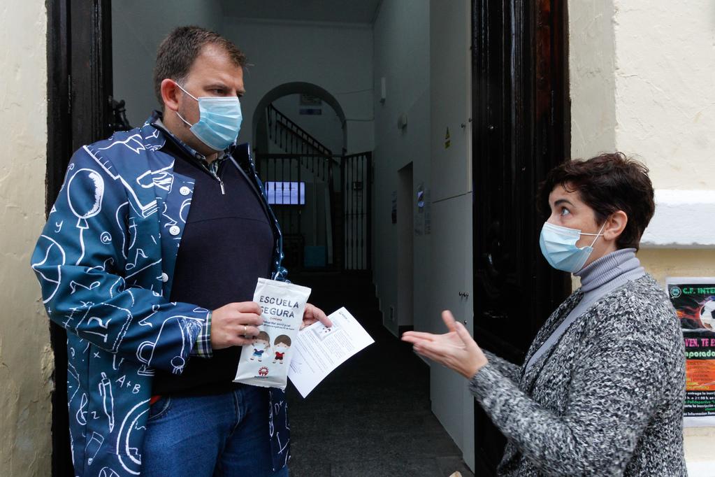 Más de 200 personas figuran en la lista de casos activos de la capital extremeña