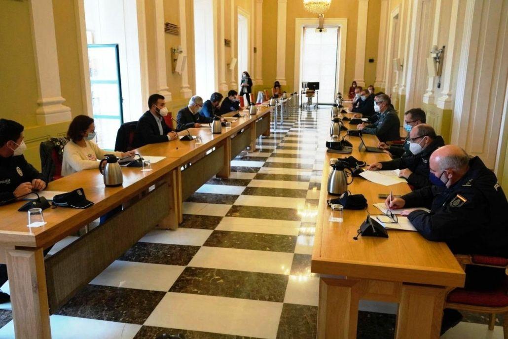 Cáceres intensifica la vigilancia hasta el 5 de enero con 616 turnos policiales