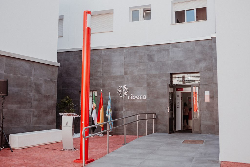 El colapso hospitalario obliga a derivar pacientes sin Covid-19 a la sanidad privada