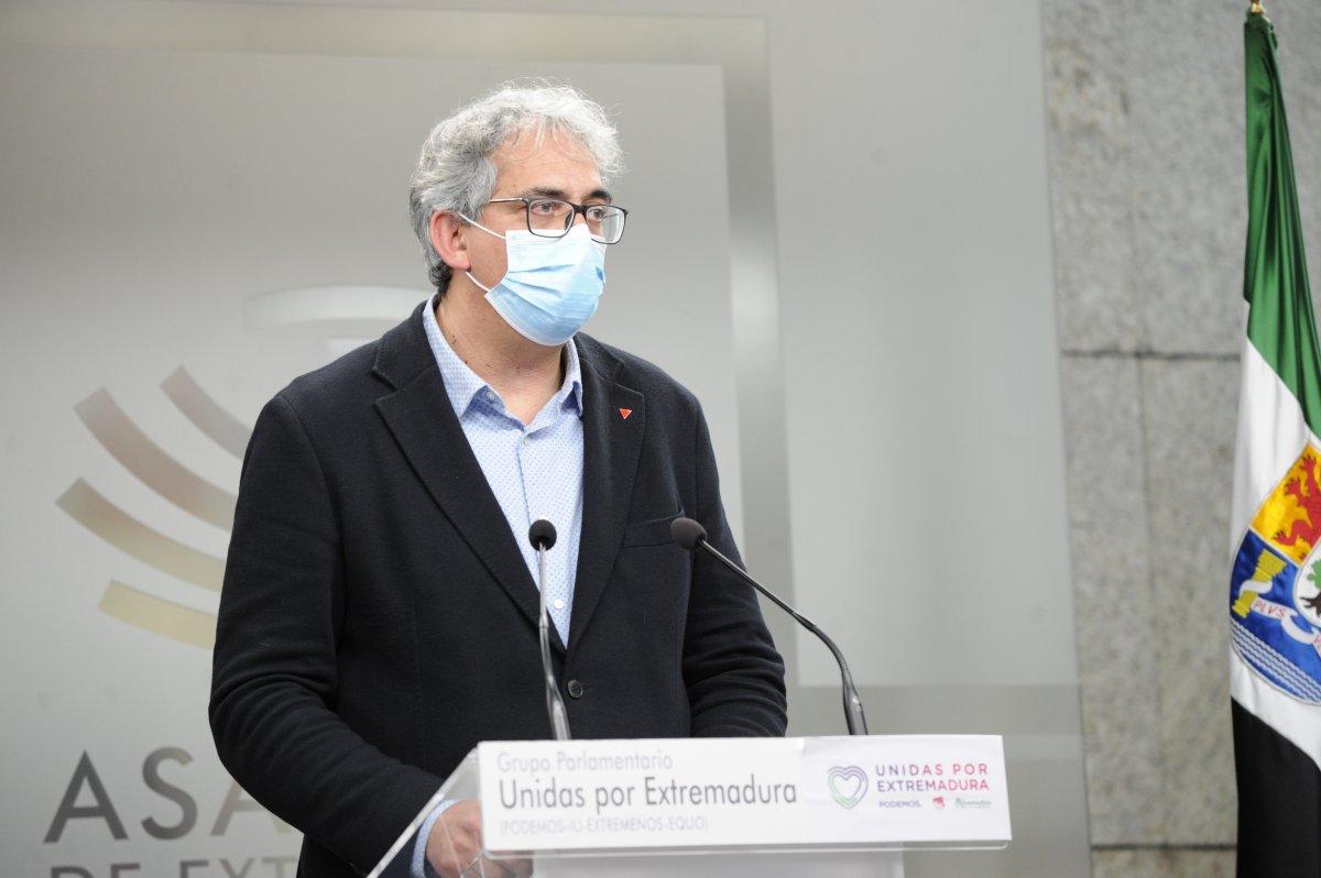 Unidas por Extremadura lamenta que se vacune a alcaldes con 26 años y no a personal sanitario