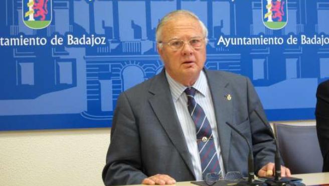 Muere el exalcalde de Badajoz, Miguel Celdrán Matute, a los 81 años de edad