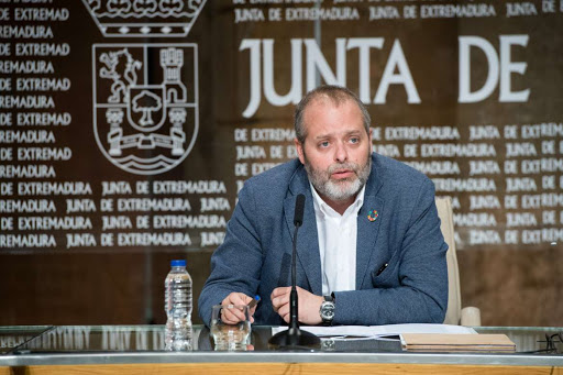 Extremadura lanza ayudas por 40 millones de euros para hostelería, turismo y comercio