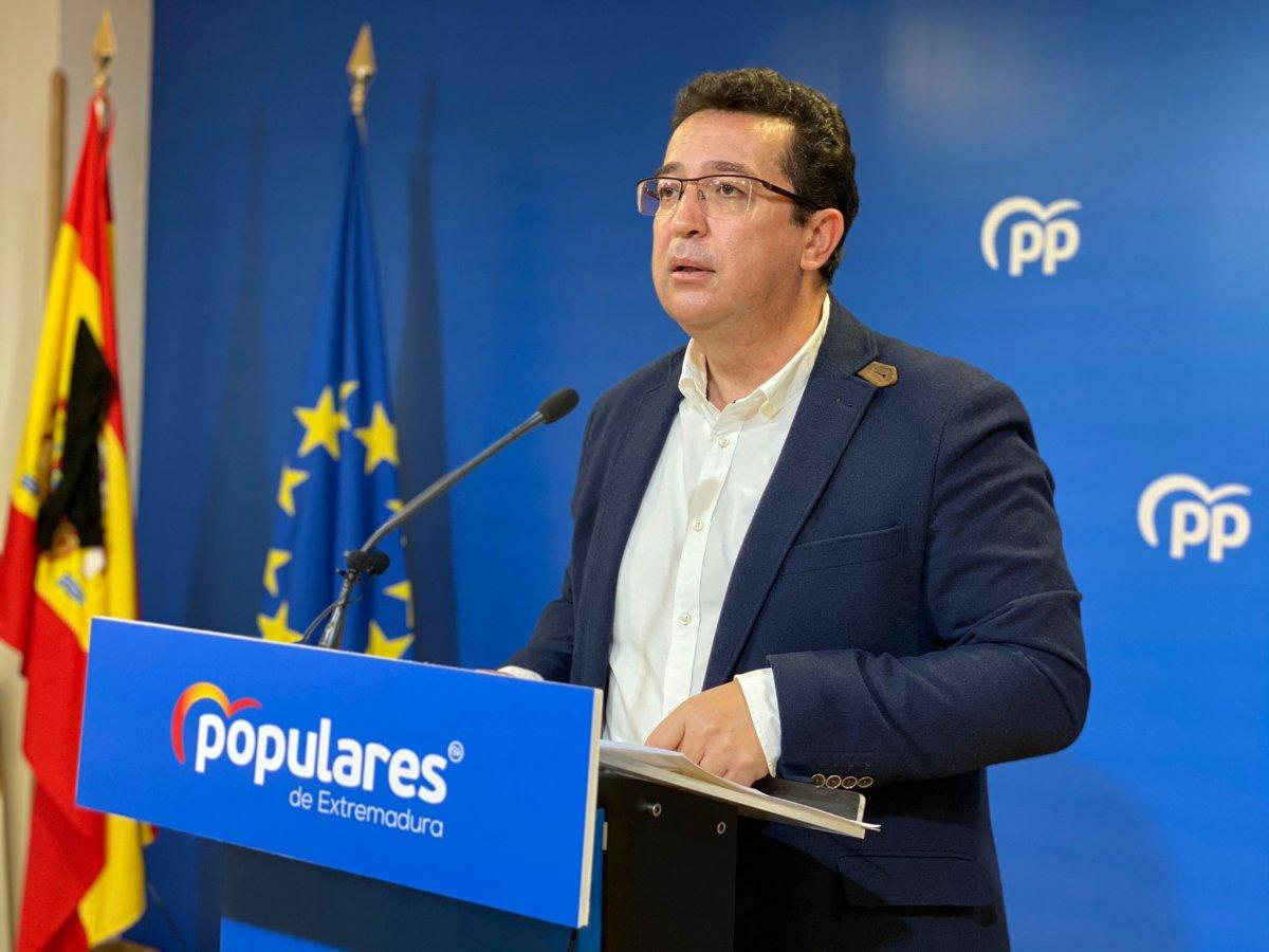 El PP critica la vuelta a los institutos ante el récord de hospitalizados e ingresos en UCI