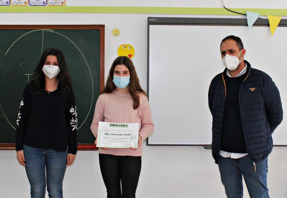 """Dos estudiantes del Virgen de la Vega y del Cervantes ganan el concurso de dibujo """"Moraleja Vuela"""""""