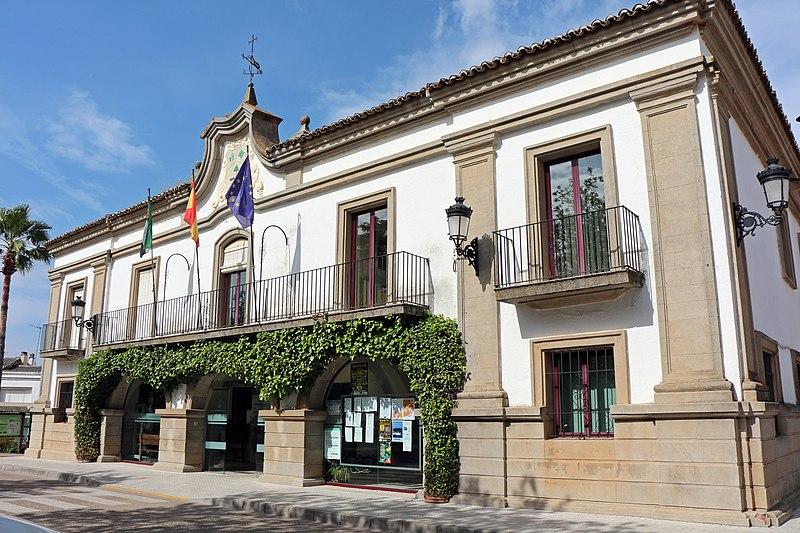 Badajoz llega a los 149 pacientes Covid hospitalizados y notifica la muerte de 4 personas