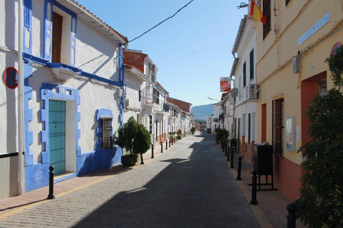 Preocupación en Baterno, 11 positivos por Covid en un pueblo que no llega a los 300 habitantes