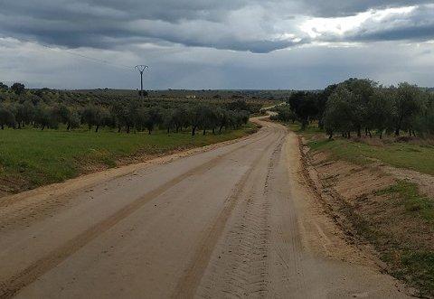 Agricultura destina más de un millón de euros para la mejora se seis caminos rurales