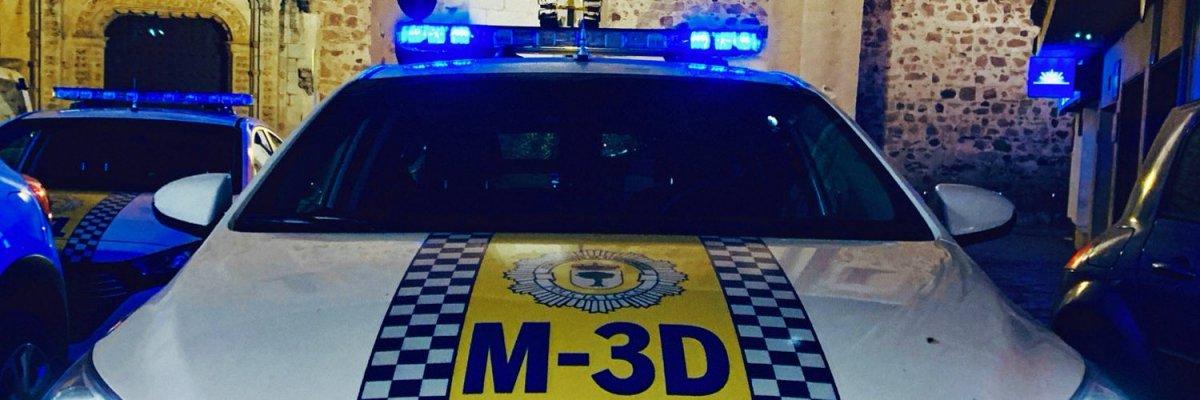 La Policía de Almendralejo desaloja una reunión ilegal en la que había más de 30 personas