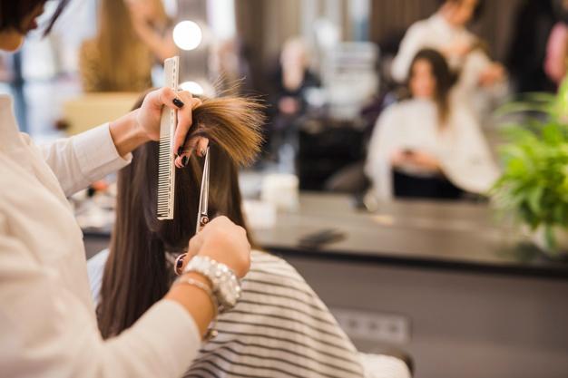 Peluqueros, esteticistas y barberos se manifestarán en Plasencia para exigir una reducción del IVA