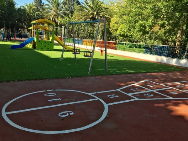 Cáceres Viva critica el estado de los jardines y parques de Navalmoral