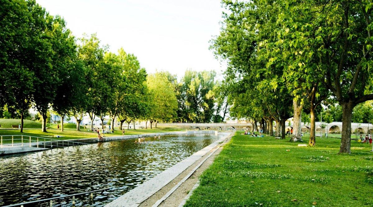 Moraleja sigue reivindicando la bandera azul para la piscina fluvial del Parque Feliciano Vegas