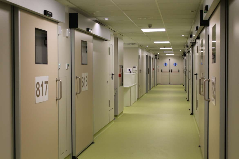 El Universitario de Badajoz habilita una unidad para enfermos de coronavirus con 13 camas