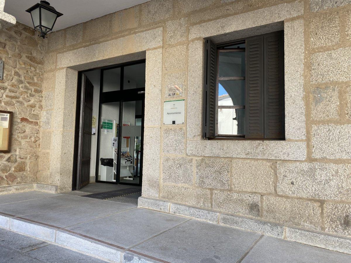 El Ayuntamiento de Coria reparte más de 161.000 euros entre las empresas afectadas por la pandemia