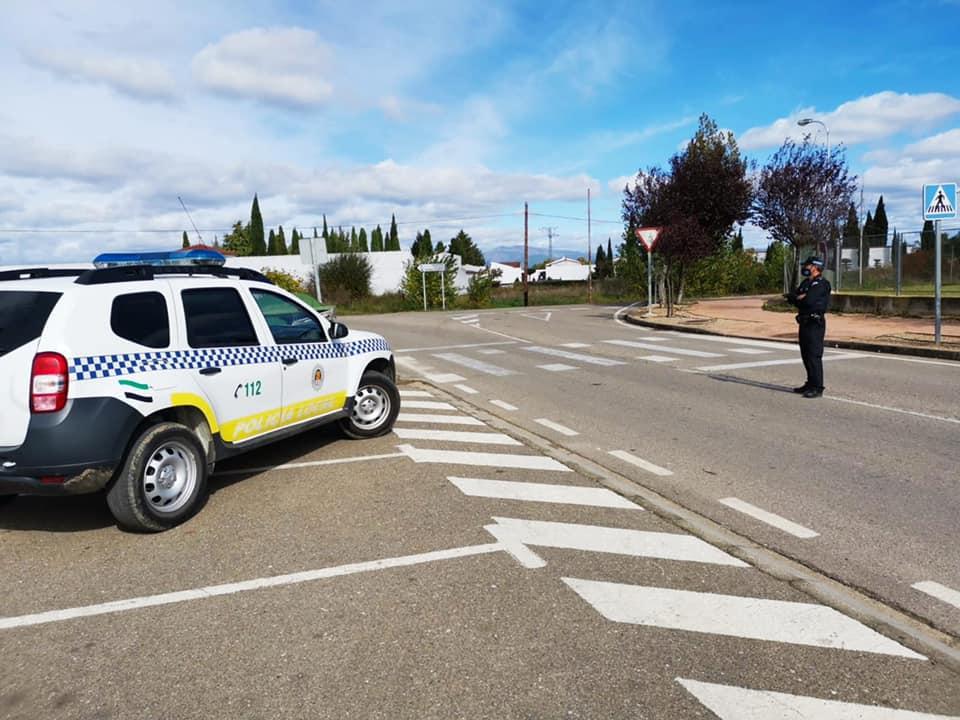 Tres policías locales de Moraleja están aislados tras dar positivo por Covid un agente