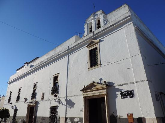 Sanidad confirma cinco nuevos brotes, dos en geriátricos de Olivenza y La Cumbre