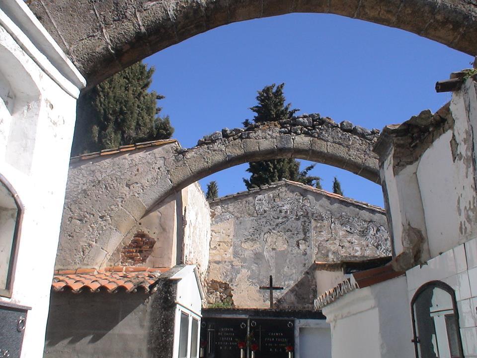 Trujillo exhumará 25 fosas con restos cadavéricos para construir nuevos nichos en el cementerio
