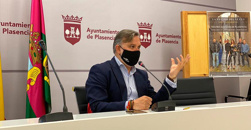 El alcalde de Plasencia pide que la residencia de los pabellones militares forme parte de los centros de la Junta