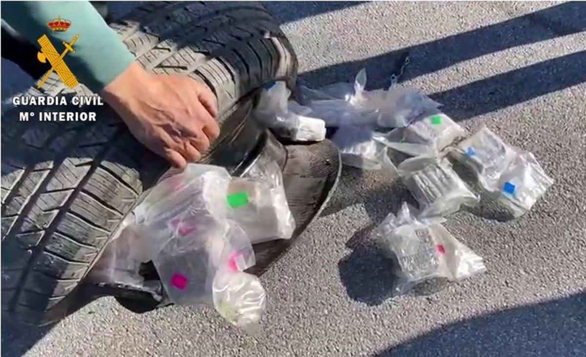 Detenido en Villafranca de los Barros el conductor de un camión que transportaba 30 kilos de hachís