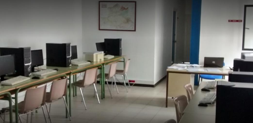 El Nuevo Centro del Conocimiento de Navalmoral retoma la formación presencial
