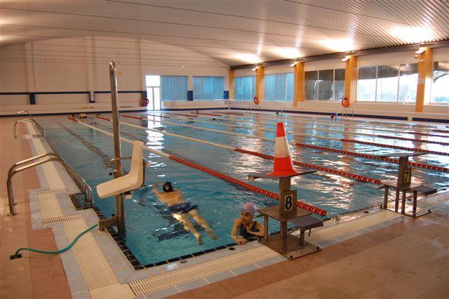 La piscina climatizada de Navalmoral reabre sus puertas