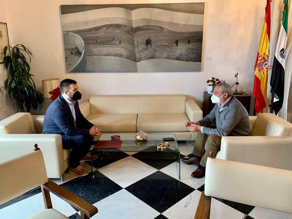 Diputación de Cáceres y ayuntamiento estudian la reforma de la Gran Vía