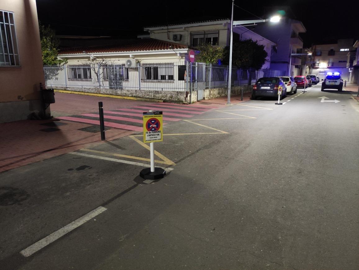 Moraleja prohíbe el aparcamiento en la zona del Centro de Salud por las vacunaciones Covid